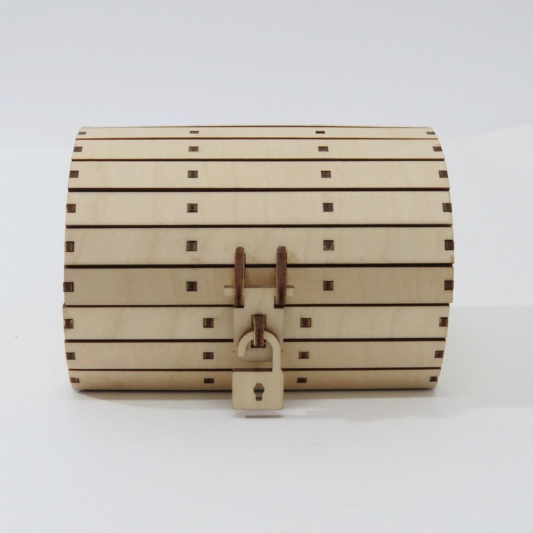Деревянная шкатулка бочонок